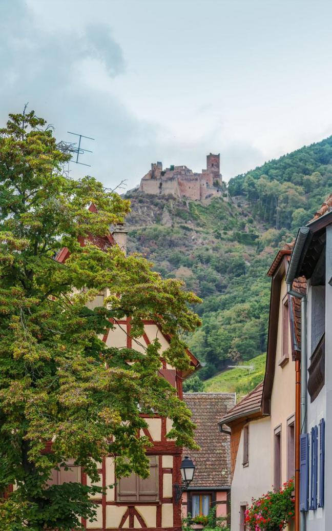 Château St-Ulrich depuis le village