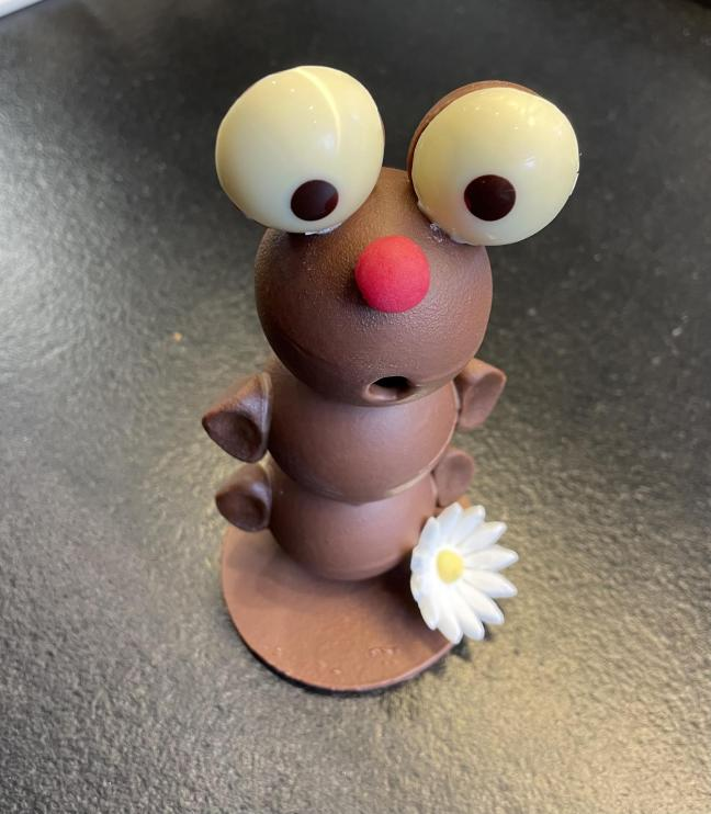 Oeuf Garni en Chocolat Lait et Praliné